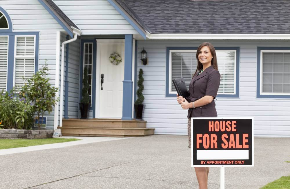 sell a hoarding house to cash buyers by estate sale
